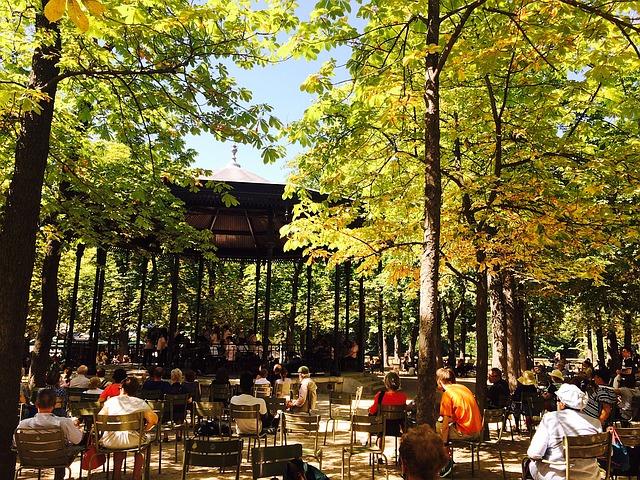 autumn-in-paris-02