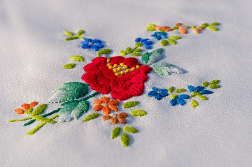 french-embroidery-1